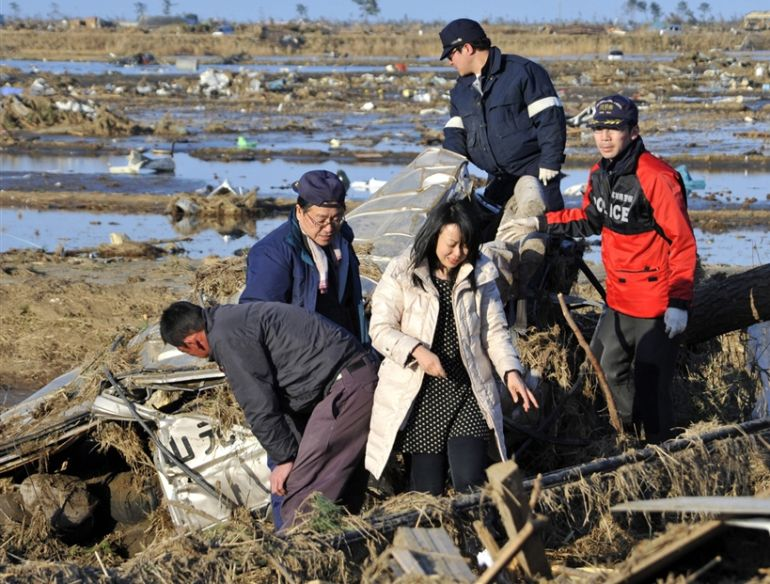 Parents Find Dead Daughter Japan Earthquake