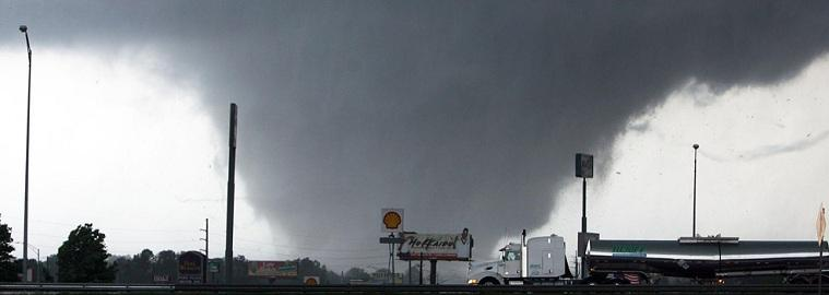 Five Incredible Videos Of Tornado's In The South