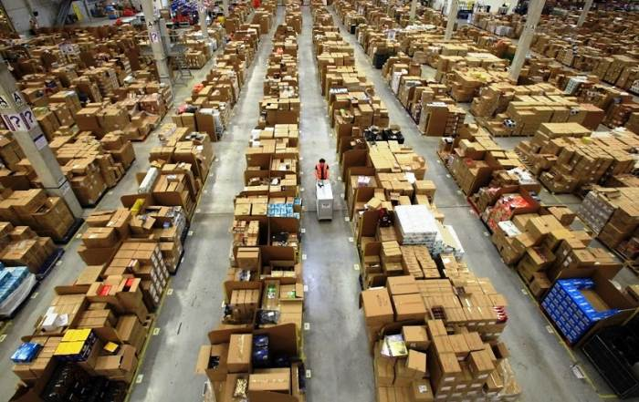 inside amazon warehouses 3 A Fascinating Look Inside Amazons Warehouses