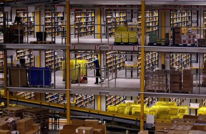 inside amazon warehouses 4 A Fascinating Look Inside Amazons Warehouses