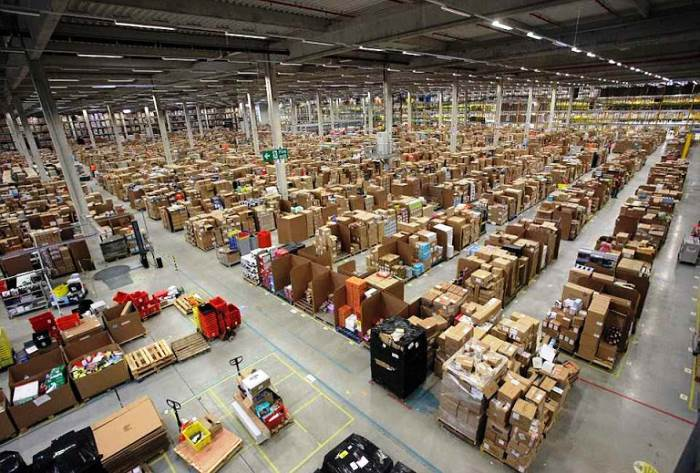 inside amazon warehouses 5 A Fascinating Look Inside Amazons Warehouses