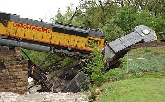 train wreck VOTE FOR KARLOS IN 2040!