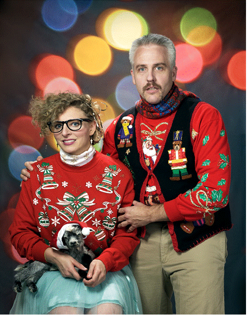 awkward xmas photos goat The Weekly Roundup