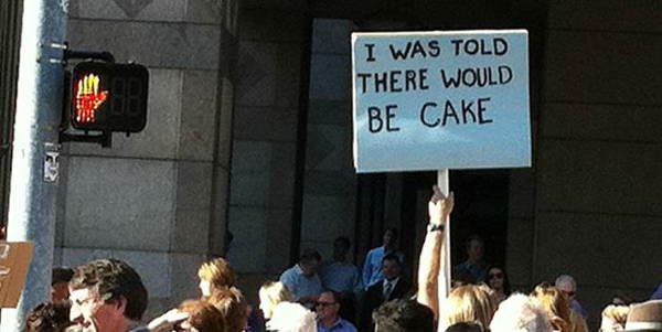 hilarious protest signs cake The Most Hilarious Protest Signs Ever