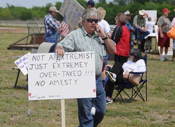 hilarious protest signs extremist The Most Hilarious Protest Signs Ever