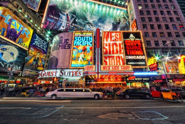 incredible photographs new york broadway 600x404 PBH Networks Weekly Roundup