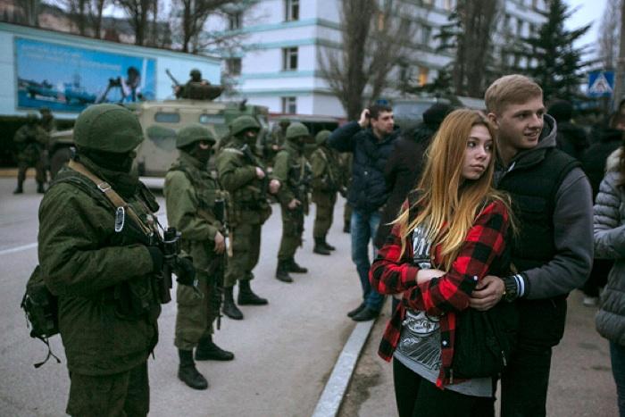 Crimea Occupation Young Couple
