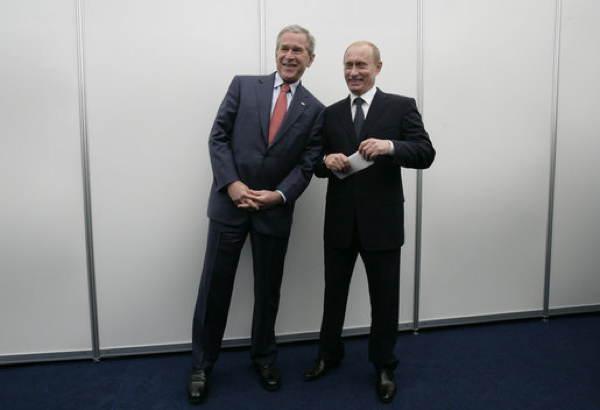Putin Bush Posing